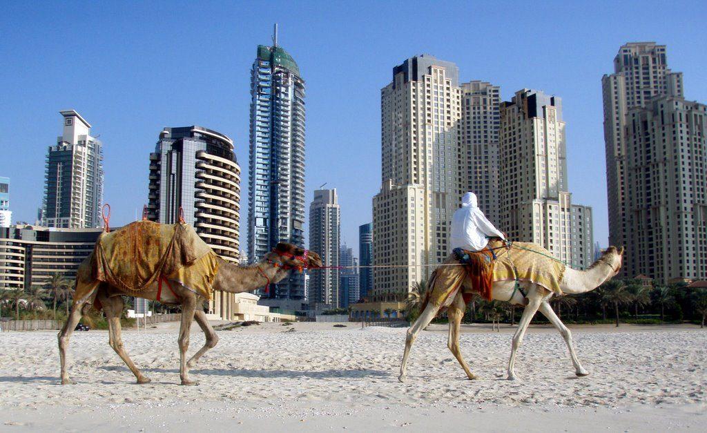 Дубай весной