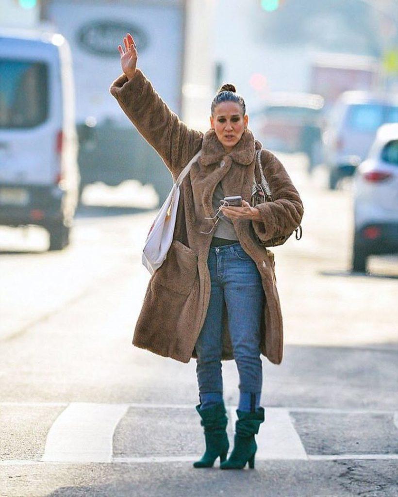 Сара Джессика Паркер в пальто