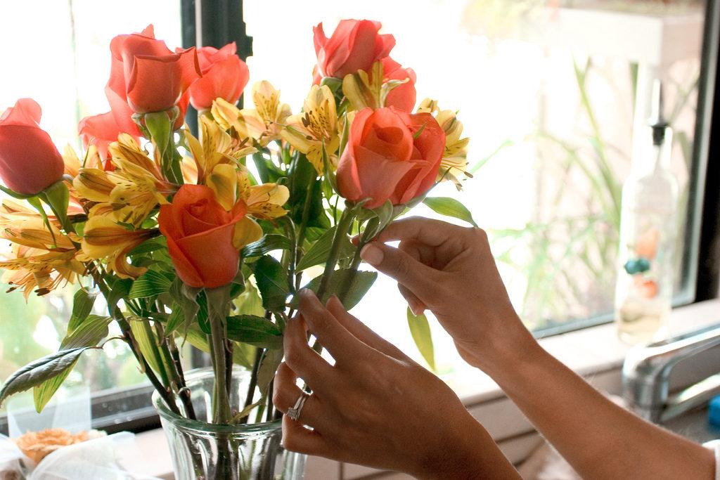 Как принимать цветы