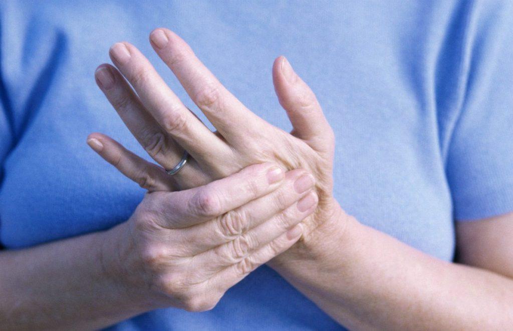 Почему во время сна немеют пальцы рук