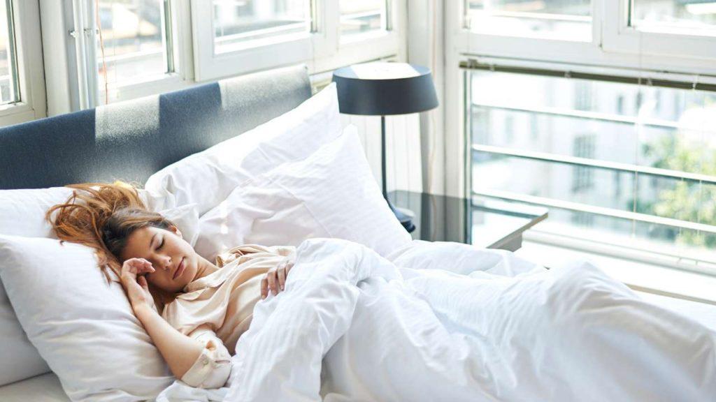 худеет ли человек во сне
