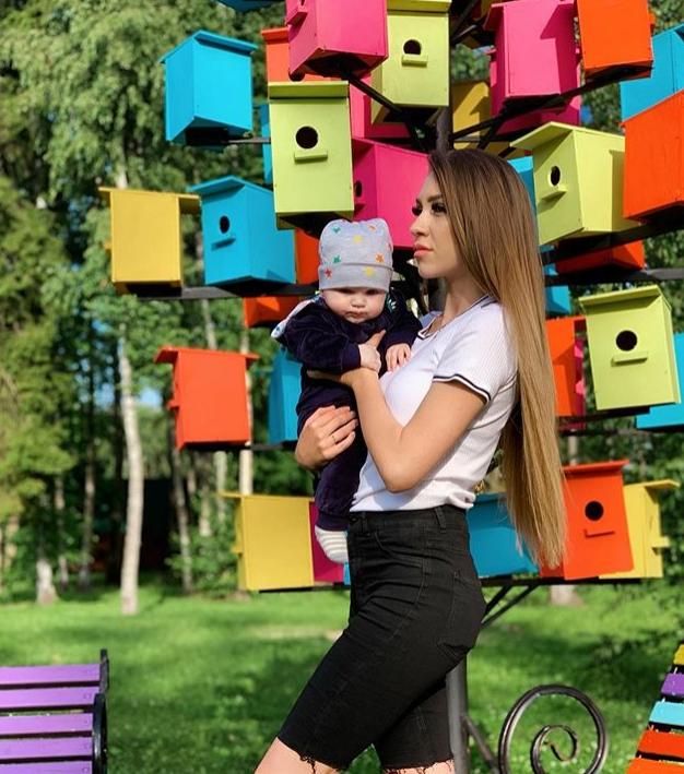 Алёна Рапунцель родила сына Богдана от Ильи Яббарова